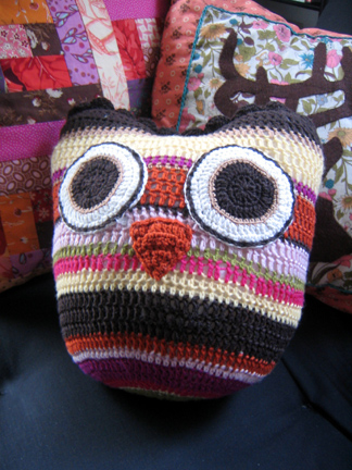 owl-pillow.jpg